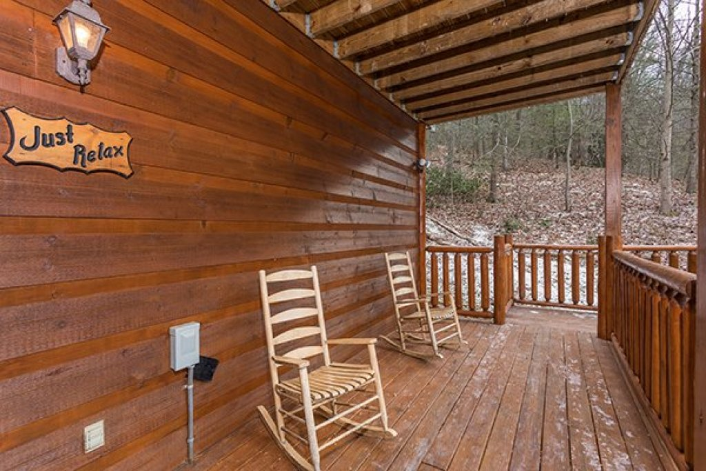 Photo of a Gatlinburg Cabin named Just Relax - This is the eighteenth photo in the set.