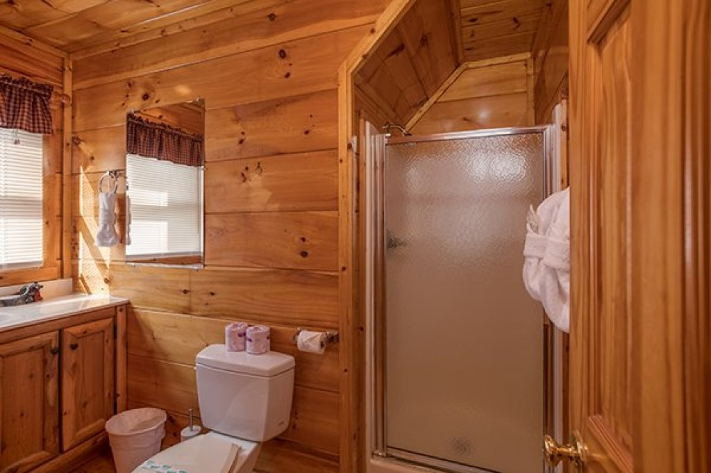 Photo of a Gatlinburg Cabin named Just Relax - This is the twenty-second photo in the set.