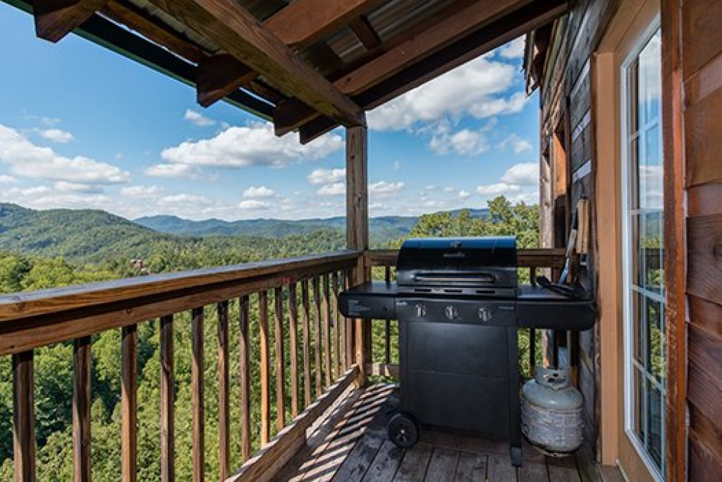 Photo of a Sevierville Cabin named Auburn Sky - This is the thirteenth photo in the set.