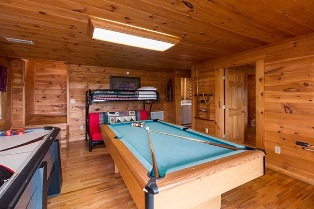 Photo of a Pigeon Forge cabin named 1 Amazing View - This is the twelfth photo in the set.
