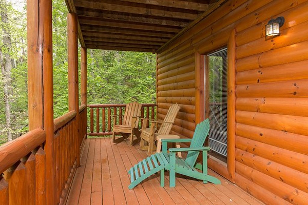 Photo of a Sevierville Cabin named Tennessee Treasure - This is the twenty-third photo in the set.