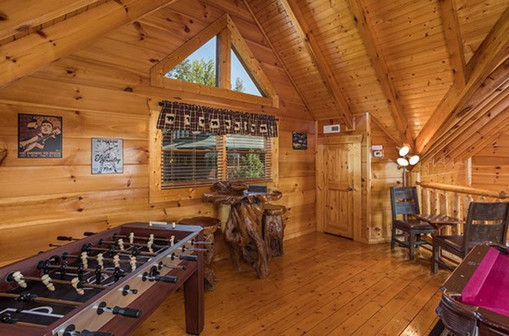 Photo of a Sevierville Cabin named Graceland - This is the sixteenth photo in the set.