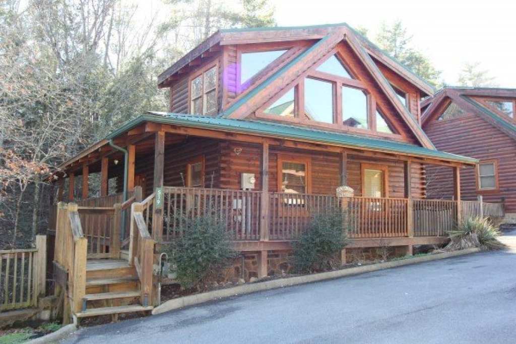 Photo of a Pigeon Forge Cabin named Blackberry Delite - This is the seventeenth photo in the set.