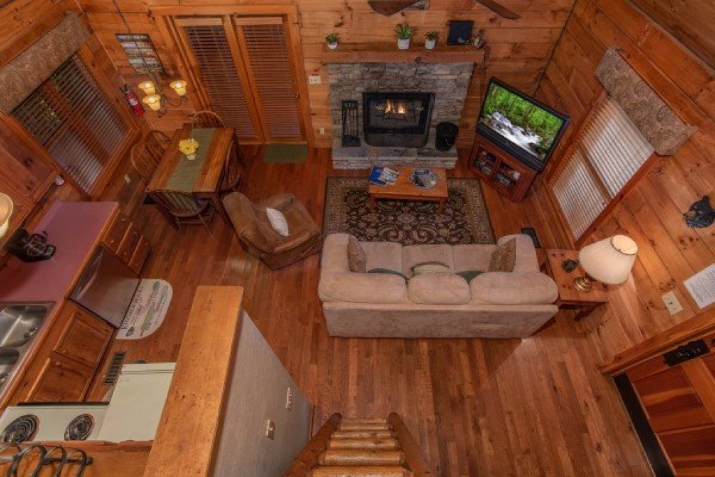 Photo of a Sevierville Cabin named Golden Memories - This is the fifteenth photo in the set.