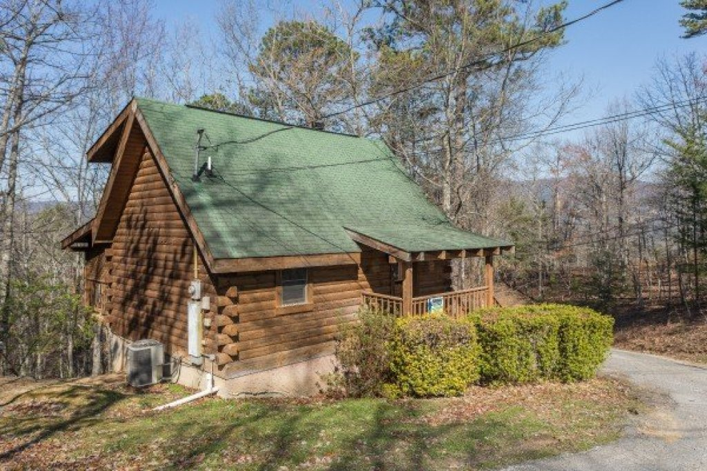 Photo of a Sevierville Cabin named Makin Memories - This is the fourteenth photo in the set.