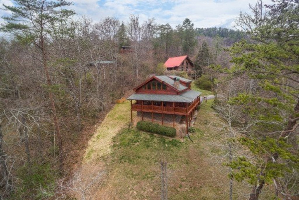Photo of a Sevierville Cabin named Mountain View Meadows - This is the thirty-seventh photo in the set.