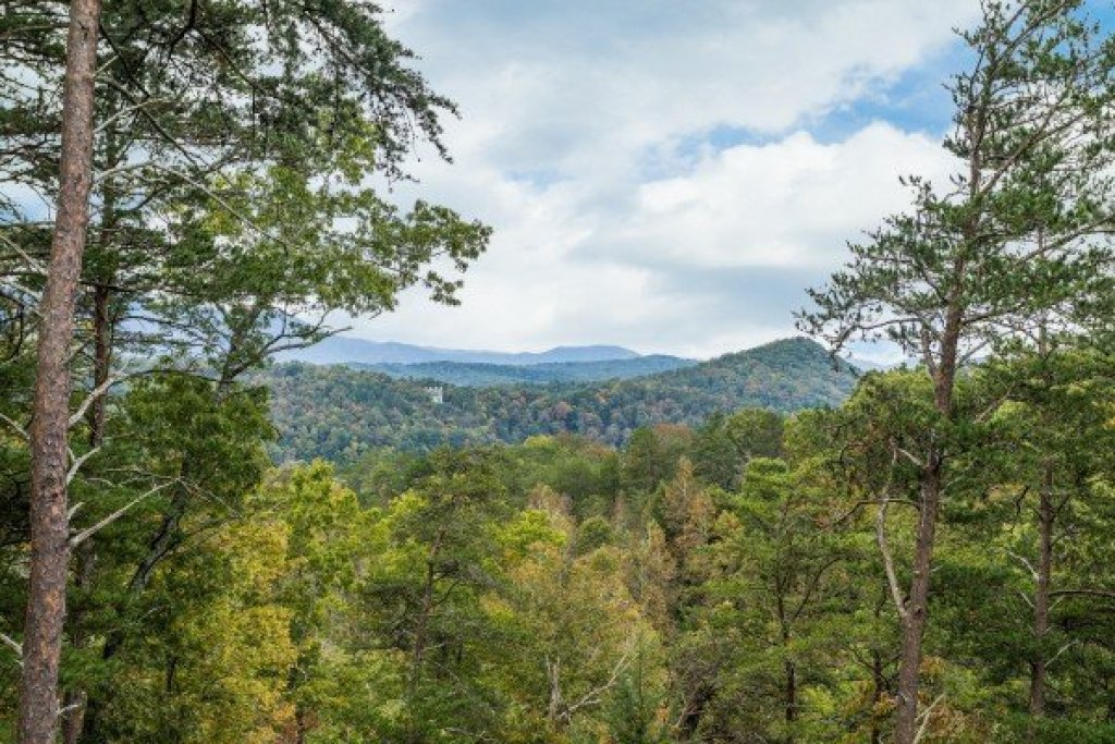 Photo of a Pigeon Forge Cabin named Awesome Views - This is the third photo in the set.