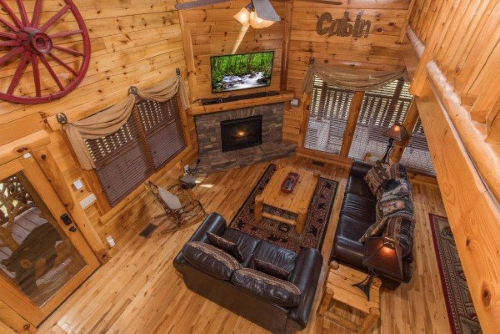Photo of a Sevierville Cabin named Mountain View Meadows - This is the twenty-third photo in the set.