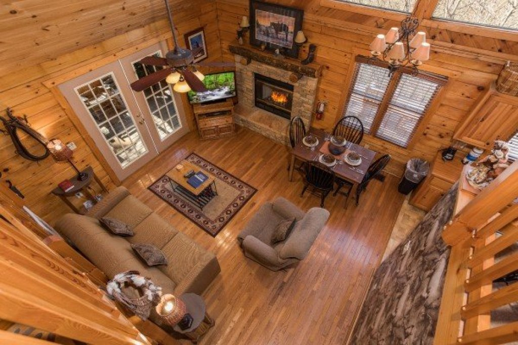 Photo of a Pigeon Forge Cabin named Hooked On Cowboys Lodge - This is the thirteenth photo in the set.