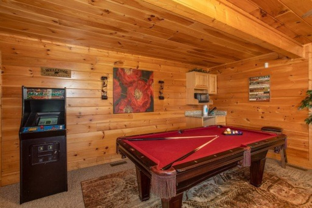 Photo of a Sevierville Cabin named Better View - This is the twenty-first photo in the set.