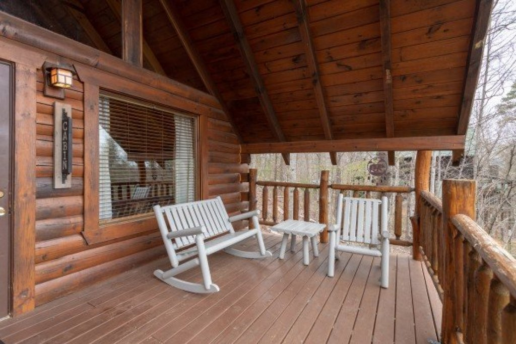 Photo of a Gatlinburg Cabin named Woodland Chalet - This is the second photo in the set.