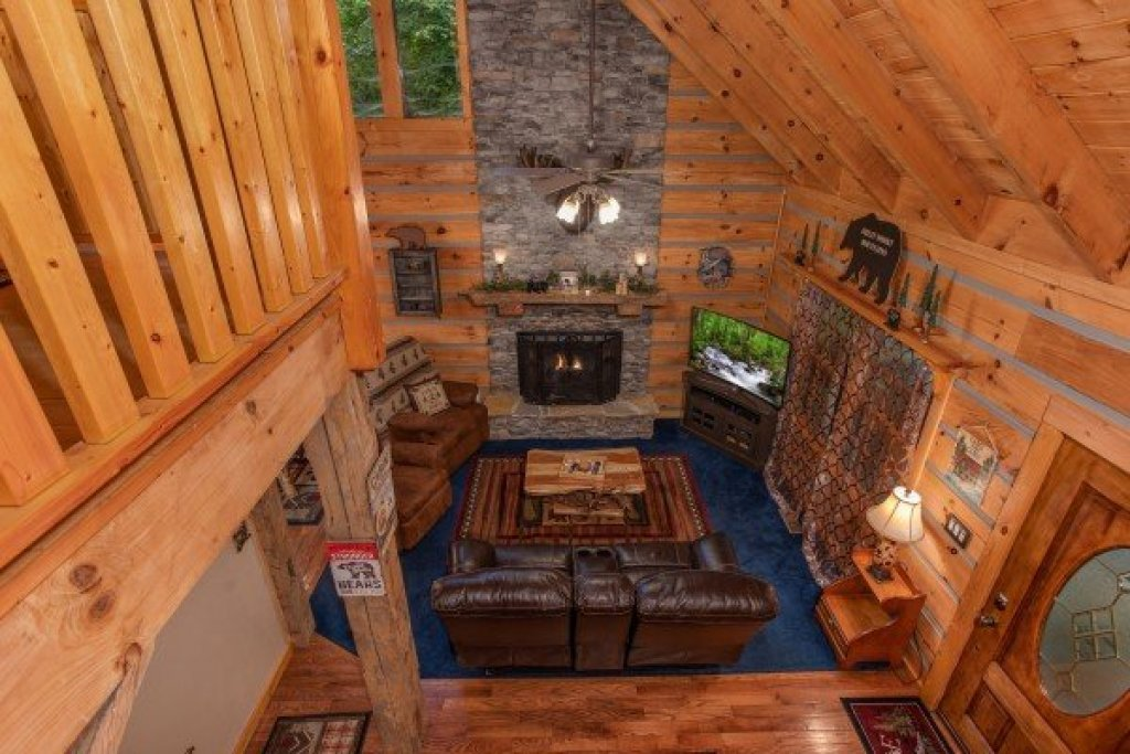 Photo of a Sevierville Cabin named Stream On! - This is the twenty-fifth photo in the set.