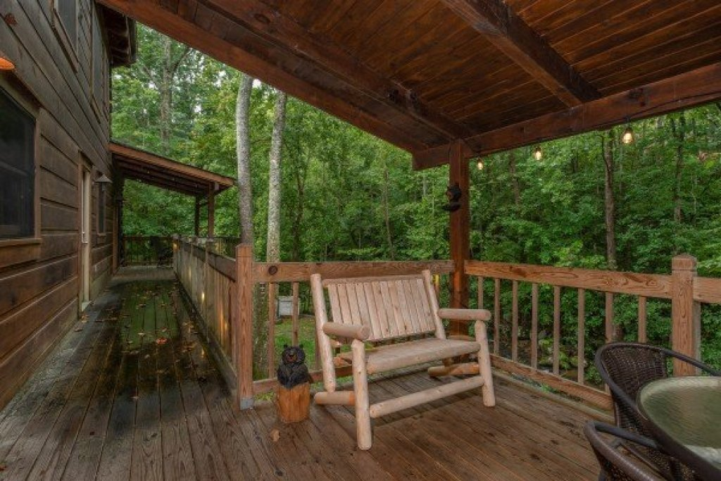 Photo of a Sevierville Cabin named Stream On! - This is the eighteenth photo in the set.