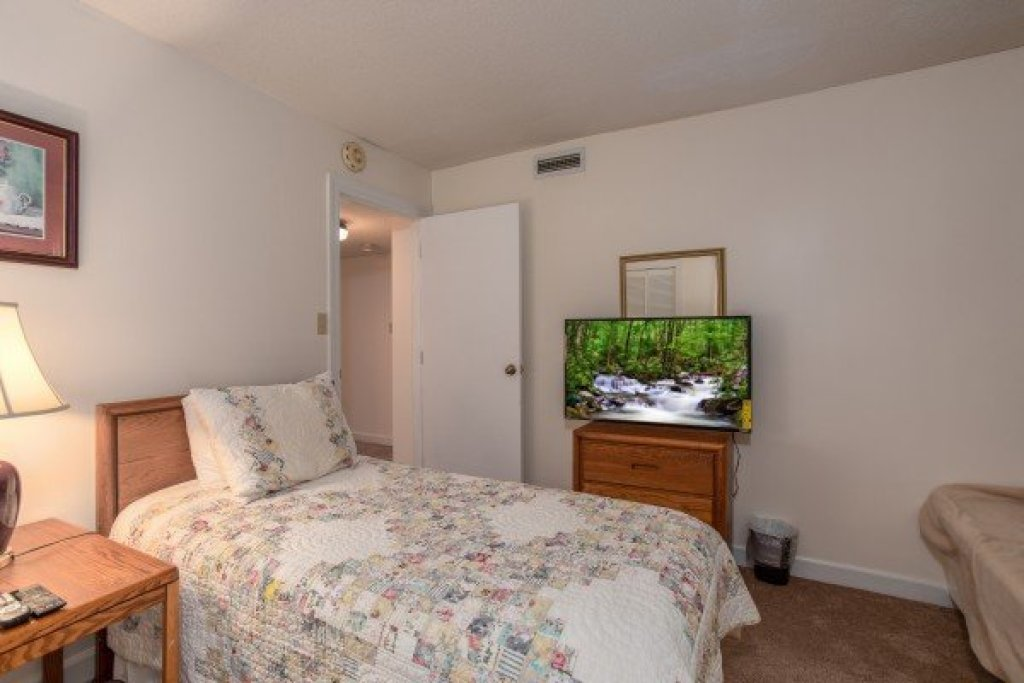 Photo of a Gatlinburg Condo named Summit Condo 1208 - This is the tenth photo in the set.