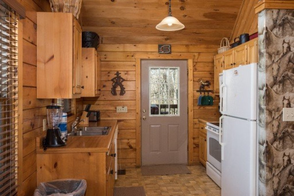 Photo of a Pigeon Forge Cabin named Hooked On Cowboys Lodge - This is the sixth photo in the set.