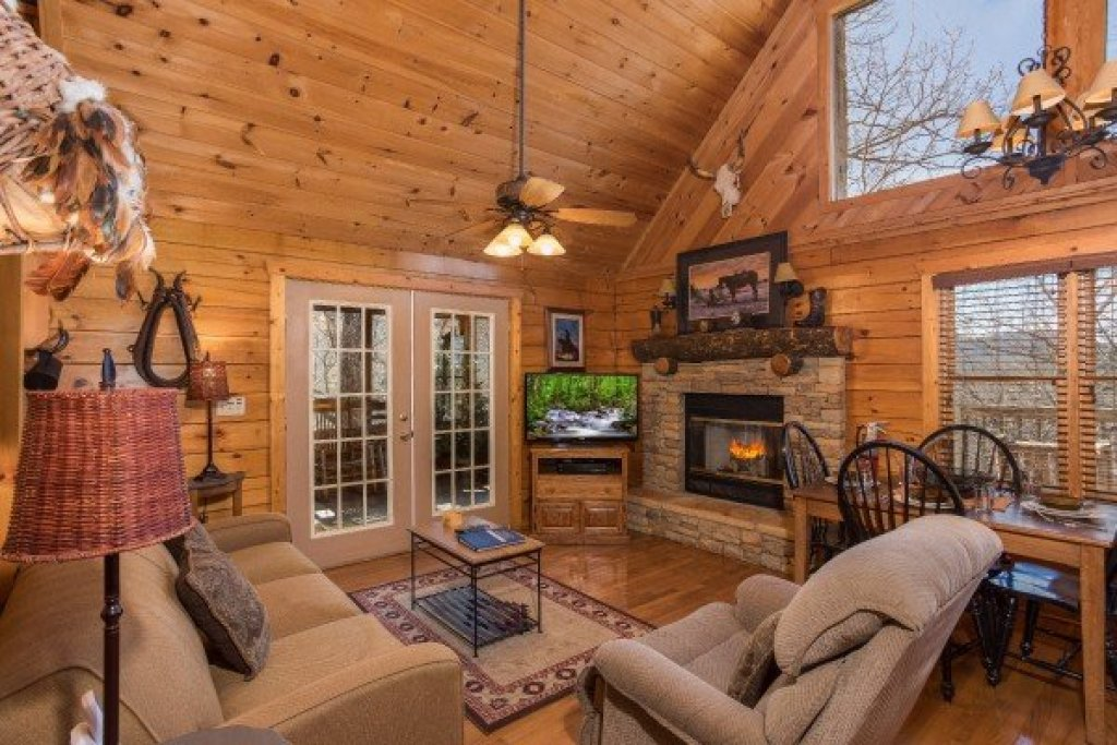 Photo of a Pigeon Forge Cabin named Hooked On Cowboys Lodge - This is the third photo in the set.