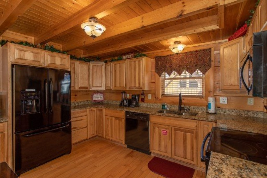 Photo of a Sevierville Cabin named Better View - This is the sixth photo in the set.