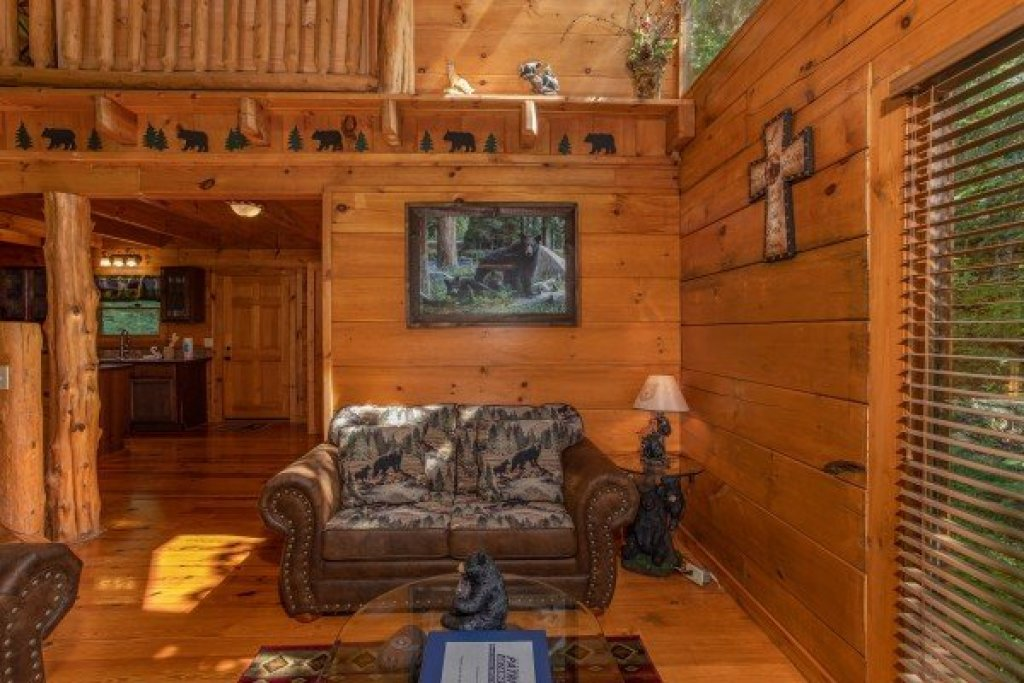 Photo of a Pigeon Forge Cabin named Honey Bear Cottage - This is the sixth photo in the set.