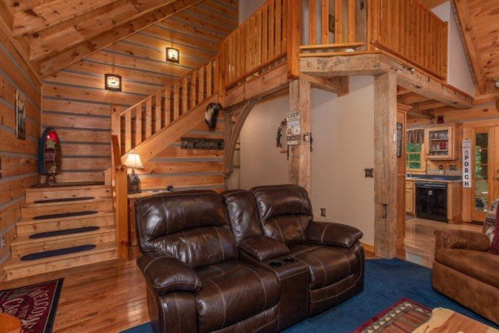 Photo of a Sevierville Cabin named Stream On! - This is the seventh photo in the set.
