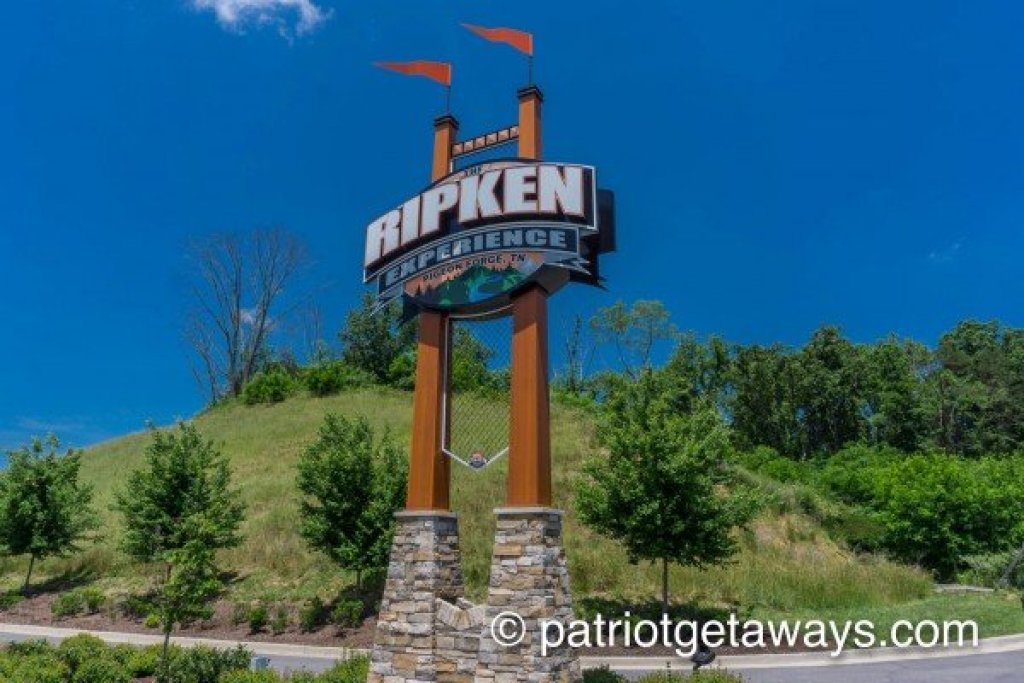 Photo of a Pigeon Forge Cabin named Peace At The River - This is the twenty-first photo in the set.