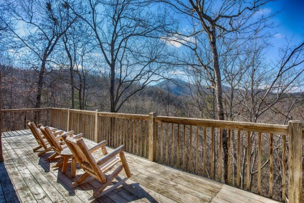 Photo of a Pigeon Forge Cabin named Hooked On Cowboys Lodge - This is the second photo in the set.