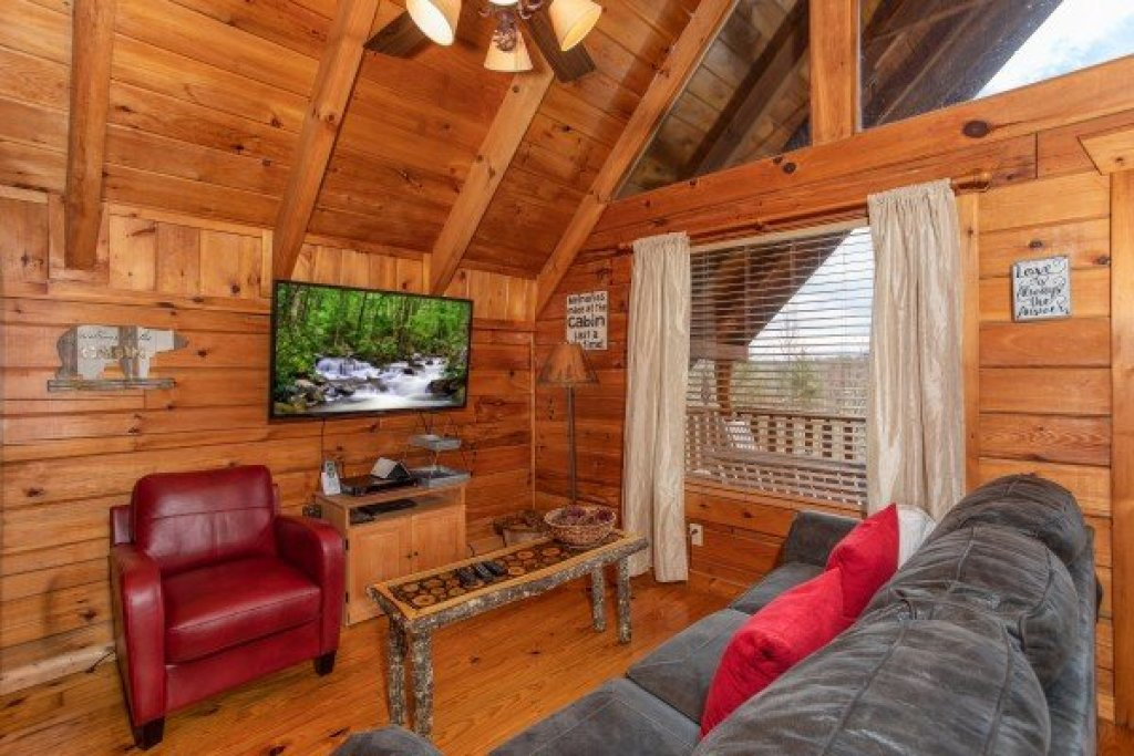 Photo of a Gatlinburg Cabin named Woodland Chalet - This is the third photo in the set.