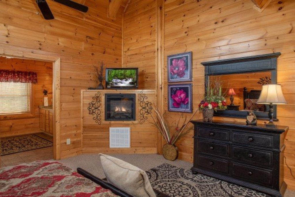 Photo of a Sevierville Cabin named Better View - This is the fifteenth photo in the set.