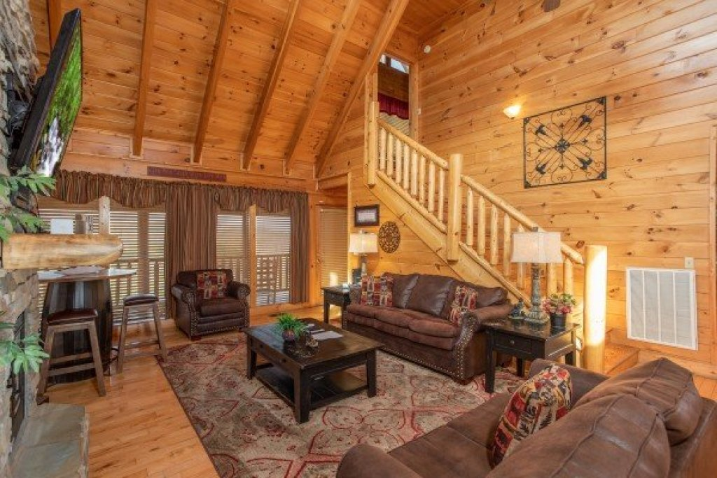 Photo of a Sevierville Cabin named Better View - This is the fourth photo in the set.