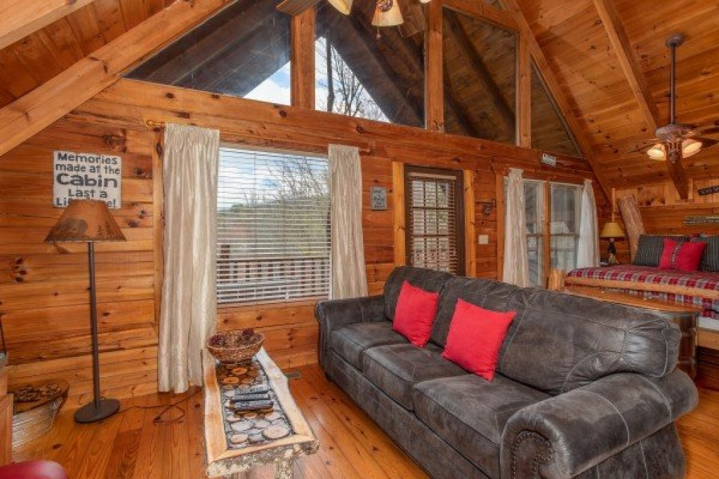 Photo of a Gatlinburg Cabin named Woodland Chalet - This is the fourth photo in the set.
