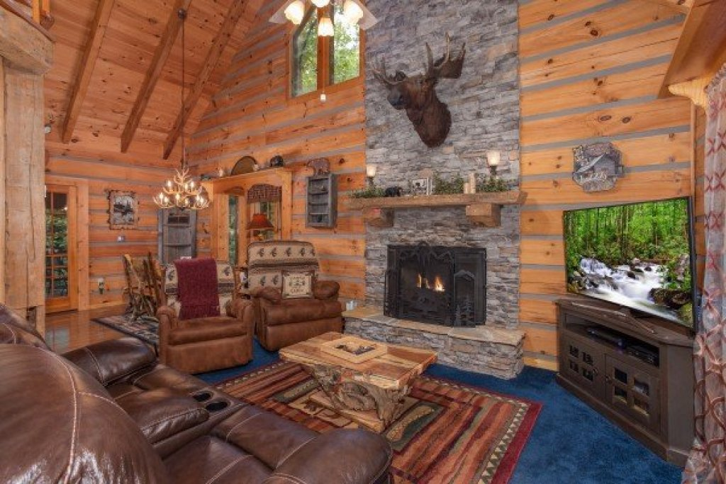 Photo of a Sevierville Cabin named Stream On! - This is the fifth photo in the set.