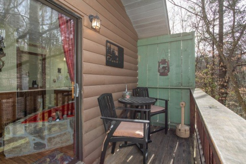 Photo of a Pigeon Forge Cabin named Bear Mountain Hollow - This is the thirteenth photo in the set.
