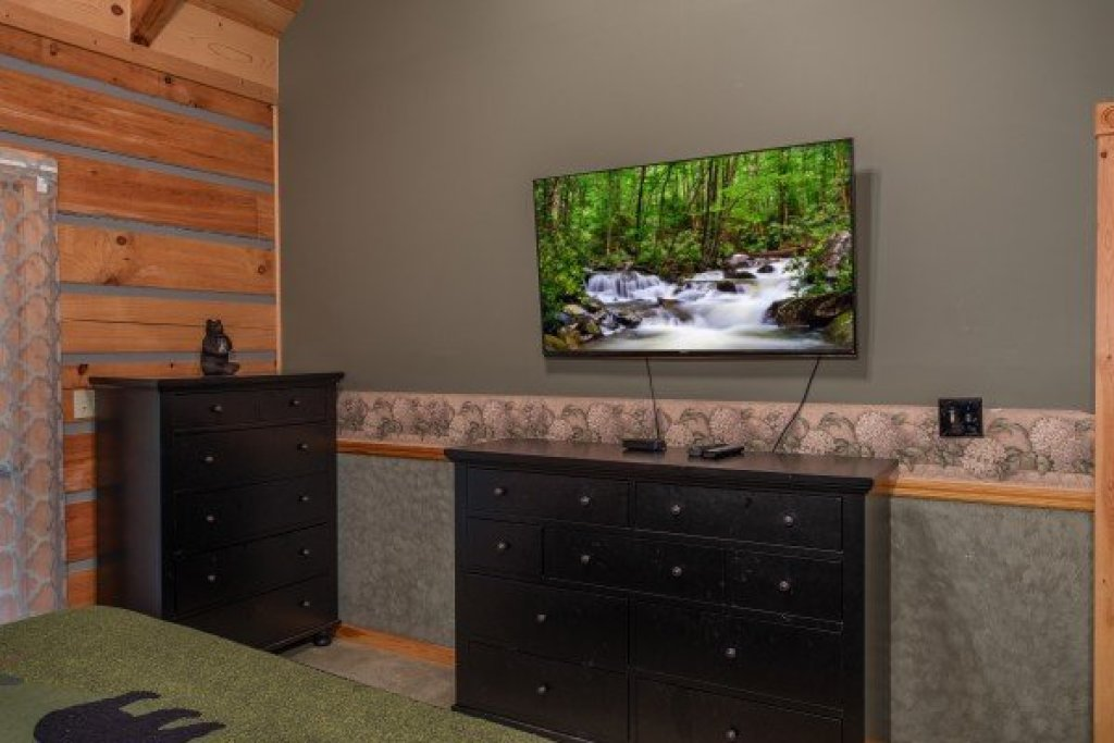 Photo of a Sevierville Cabin named Stream On! - This is the thirtieth photo in the set.
