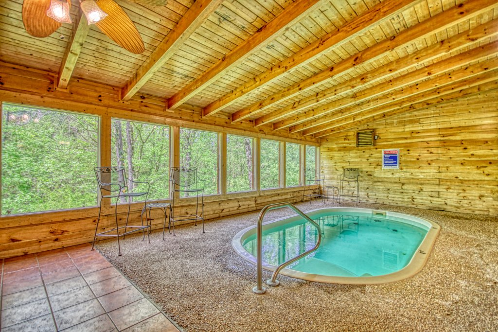 Photo of a Pigeon Forge Cabin named Gone Swimmin' #260 - This is the first photo in the set.