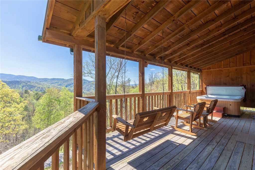 Photo of a Gatlinburg Cabin named Sweet Surrender - This is the twenty-third photo in the set.