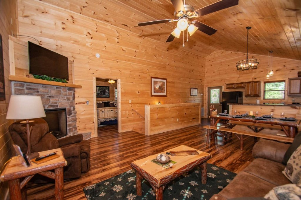 Photo of a Pigeon Forge Cabin named Tana-see - This is the ninth photo in the set.