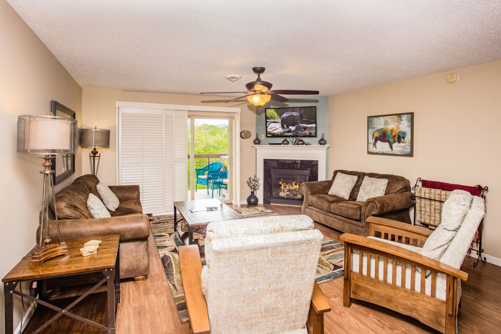 Photo of a Pigeon Forge Condo named Cedar Lodge 701 - This is the first photo in the set.