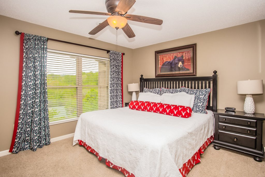 Photo of a Pigeon Forge Condo named Cedar Lodge 701 - This is the fourteenth photo in the set.