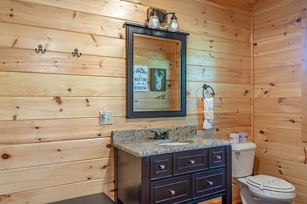 Photo of a Gatlinburg Cabin named Relaxation Ridge - This is the nineteenth photo in the set.