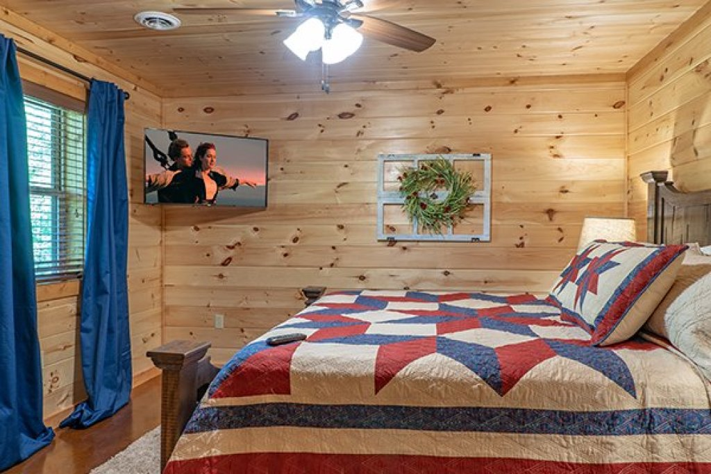 Photo of a Gatlinburg Cabin named Relaxation Ridge - This is the sixteenth photo in the set.