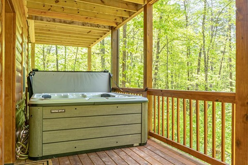 Photo of a Gatlinburg Cabin named Relaxation Ridge - This is the fifteenth photo in the set.