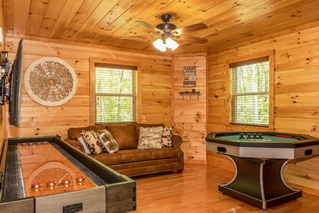 Photo of a Gatlinburg Cabin named Relaxation Ridge - This is the twenty-first photo in the set.