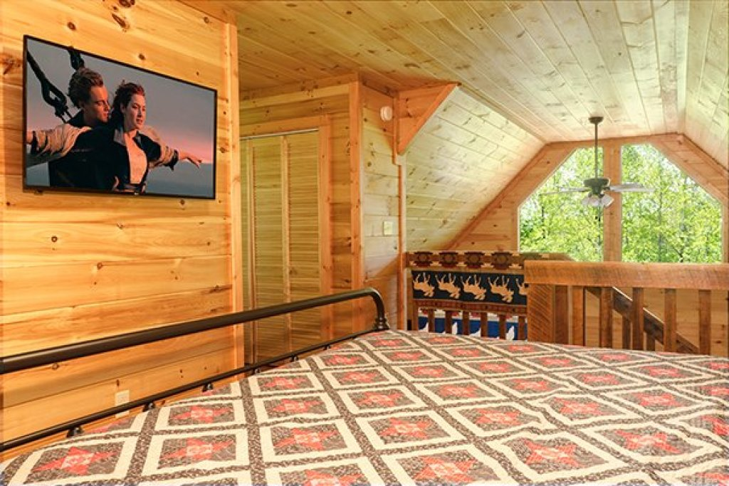 Photo of a Gatlinburg Cabin named Relaxation Ridge - This is the thirtieth photo in the set.