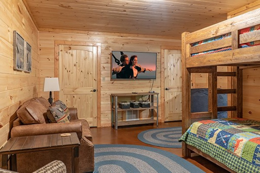Photo of a Gatlinburg Cabin named Relaxation Ridge - This is the thirty-fourth photo in the set.