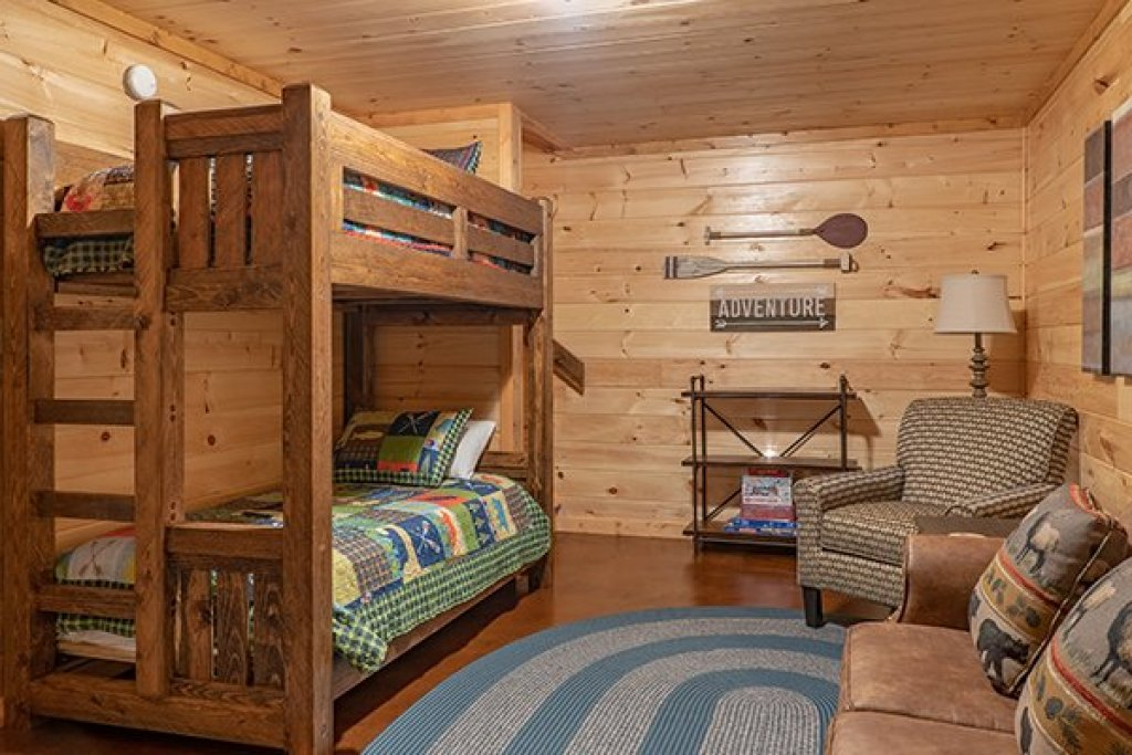 Photo of a Gatlinburg Cabin named Relaxation Ridge - This is the thirty-fifth photo in the set.
