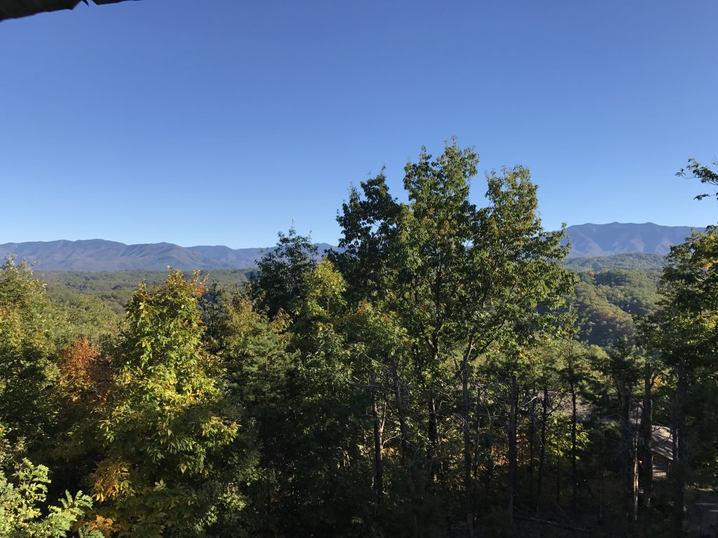 Photo of a Pigeon Forge Cabin named Grandpa Bear's View #233 - This is the sixteenth photo in the set.