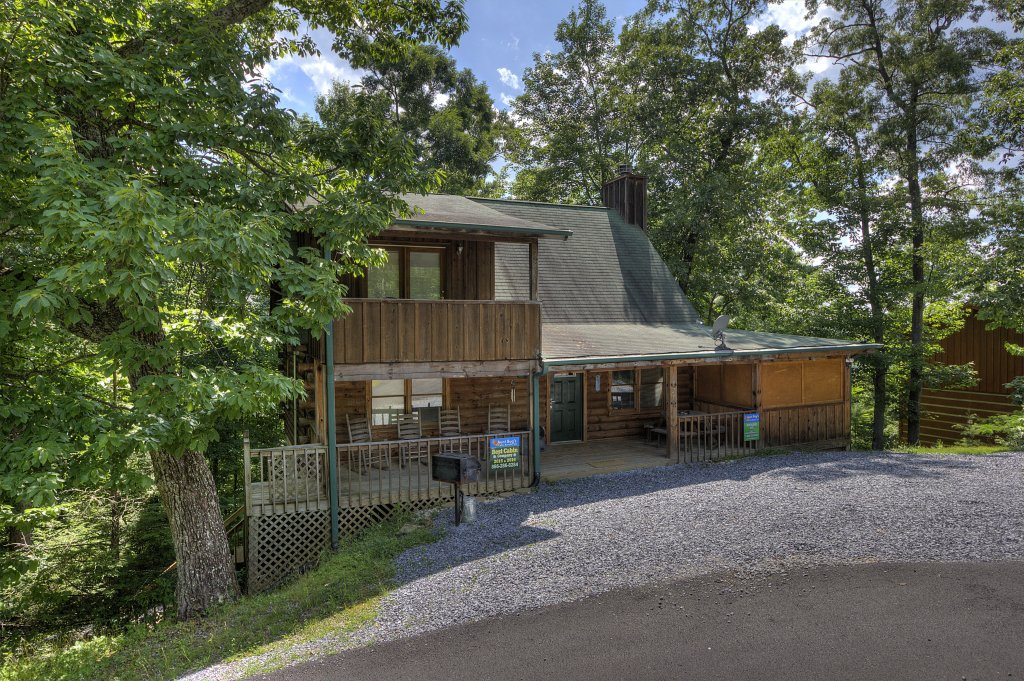 Photo of a Gatlinburg Cabin named Beary Blessed #292 - This is the first photo in the set.