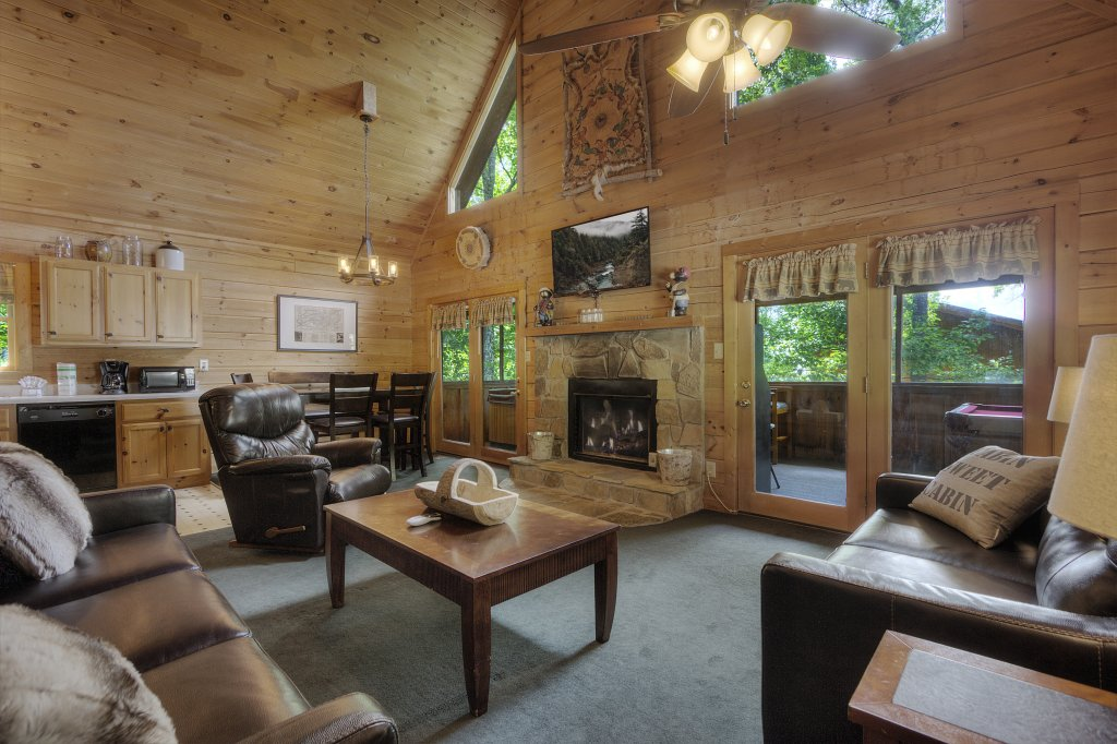 Photo of a Gatlinburg Cabin named Beary Blessed #292 - This is the nineteenth photo in the set.