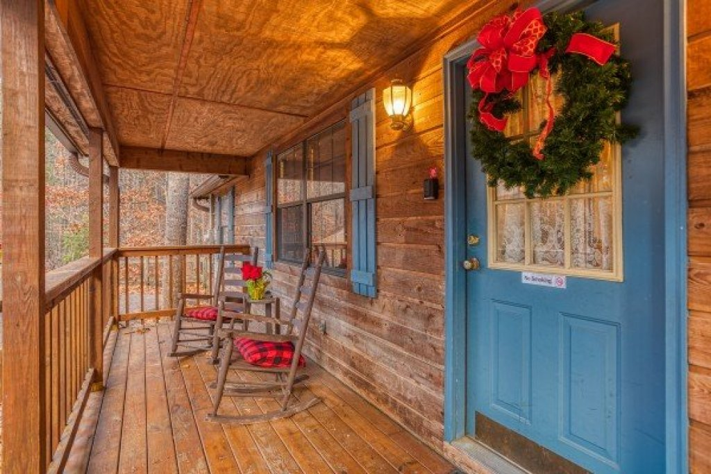 Photo of a Sevierville Cabin named Hillside Hideaway - This is the eighteenth photo in the set.