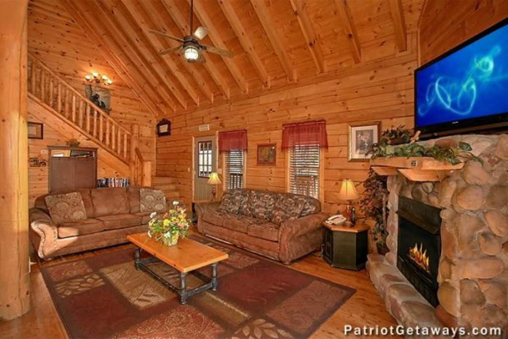 Photo of a Sevierville Cabin named Tennessee Dreamer - This is the fifth photo in the set.