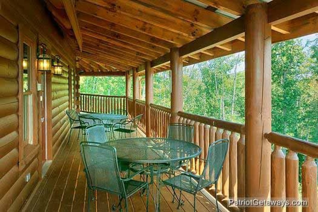 Photo of a Sevierville Cabin named Tennessee Dreamer - This is the twenty-eighth photo in the set.